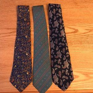 Lot of 3 luxury neckties